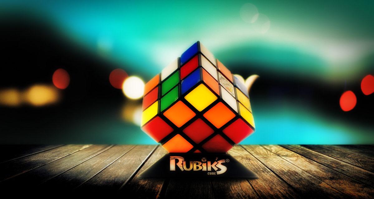 Ο δημοφιλής «Κύβος του Ρούμπικ» δημιουργήθηκε τυχαία κι οι πωλήσεις του μέχρι και σήμερα, ανέρχονται σε εκατοντάδες εκατομμύρια