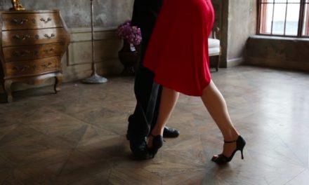 Ο χορός επιδρά θετικά σε σώμα, μυαλό και ψυχή