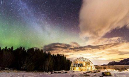 Μια οικογένεια κατάφερε να εκπληρώσει το όνειρό της να κατοικεί στον Αρκτικό Κύκλο