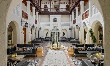 Η πολυτελής έπαυλη του Gianni Versace έγινε ξενοδοχείο με 10 σουίτες ιδιαίτερης αισθητικής