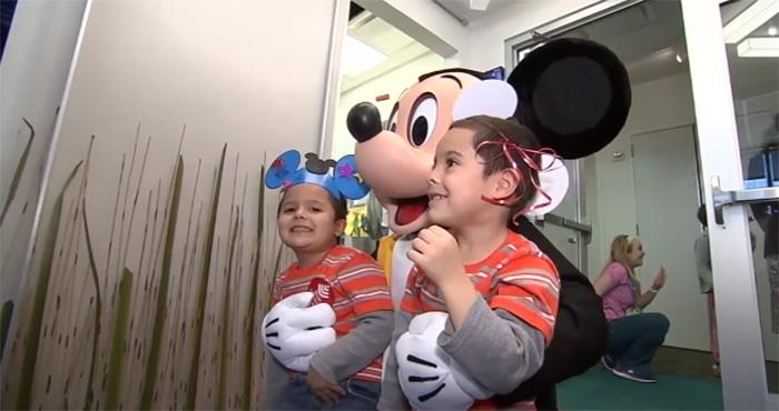 Η WALT DISNEY θα διαθέσει 100 εκατ. δολάρια σε παιδιατρικές κλινικές για ενέργειες που θ' αλλάξουν την ψυχολογία των μικρών ασθενών