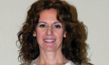 Η οδοντίατρος Αμαλία Αγγελή εφηύρε ουσία η οποία αναπλάθει τα δόντια χωρίς σφράγισμα