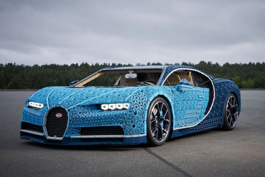 Μια αληθινή Bugatti απο τουβλάκια Lego!