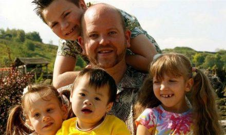Μπεν Κάρπεντερ : Ένας άνδρας που υιοθετεί παιδιά με αναπηρίες