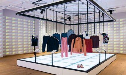 «Fashion For Good» : Ένα μουσείο μόδας με εκθέματα σχεδιασμένα για να αλλάξουν τις αγοραστικές μας συνήθειες