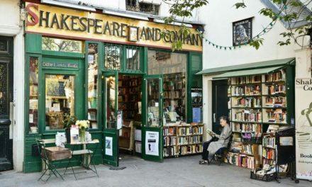 Στο διασημότερο βιβλιοπωλείο του Παρισιού μπορείς ακόμη και να διαμείνεις