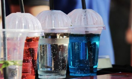 Το τέλος δεκάδων πλαστικών προϊόντων ψήφισε η Επιτροπή Περιβάλλοντος και Δημόσιας Υγείας του Ευρωπαϊκού Κοινοβουλίου
