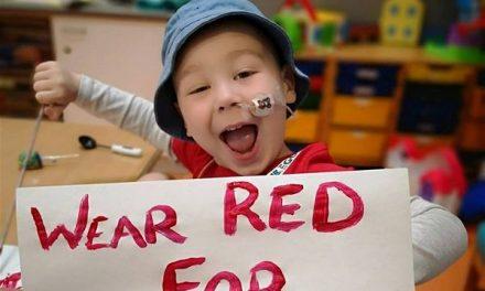 Ανώνυμη δωρεά 130.000 δολαρίων βοηθά ένα 4χρονο αγόρι με λευχαιμία να πάει στις ΗΠΑ για θεραπεία