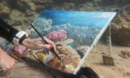 Olga Belka : Ζωγραφική κάτω από την επιφάνεια της θάλασσας