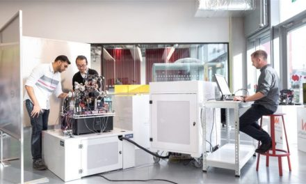 Βρετανοί ερευνητές κατασκεύασαν την πρώτη στον κόσμο κβαντική «πυξίδα»