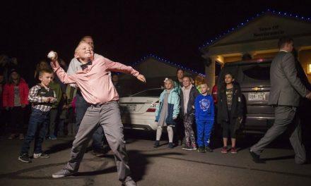 Ο 9χρονος που πέτυχε τη νομιμοποίηση του χιονοπόλεμου σε ένα χωριό του Κολοράντο που είχε απαγορευτεί εδώ κι 100 χρόνια