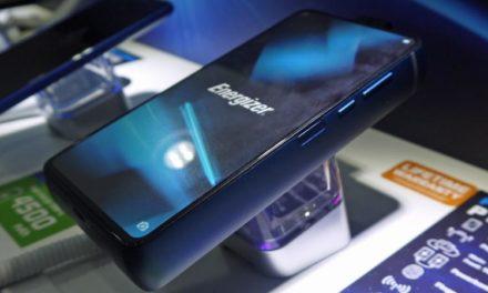 Παρουσιάστηκε το πρώτο κινητό με μπαταρία που μπορεί να κρατήσει μέχρι και 50 ημέρες