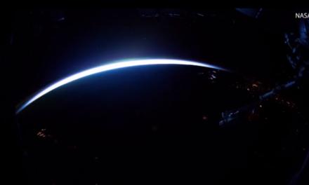 Η Γη υποδέχεται τη μέρα σε ένα εντυπωσιακό βίντεο της NASA