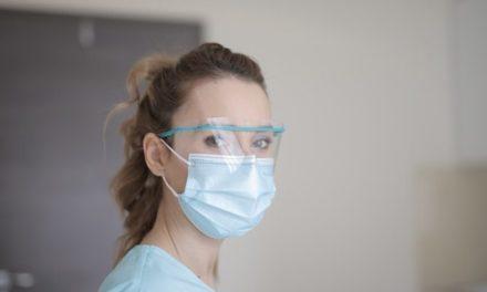 Ερευνητές του Πανεπιστημίου Θεσσαλίας κατασκεύασαν μάσκες με τρισδιάστατη εκτύπωση για το Νοσοκομείο Βόλου