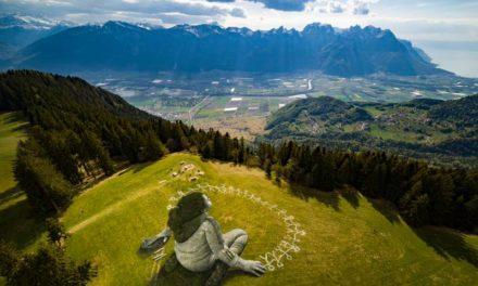 «Ένας κόσμος με περισσότερη αλληλεγγύη και ανθρωπιά»: To συγκινητικό γκράφιτι στις Άλπεις