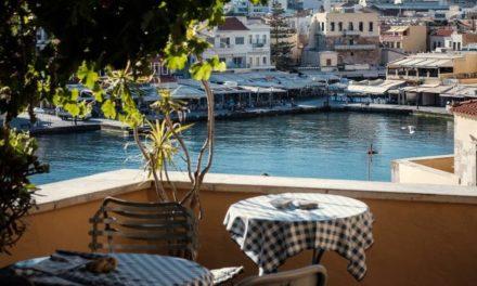 Ιδιοκτήτες ξενοδοχείων στην Κρήτη προσφέρουν δωρεάν διακοπές σε γιατρούς και νοσηλευτές