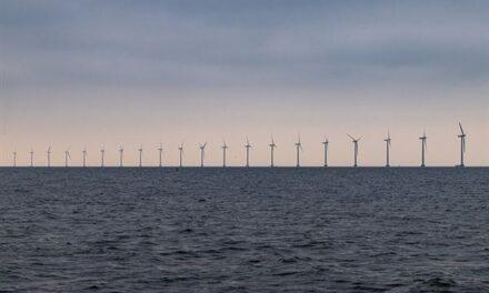 Δύο ενεργειακά νησιά με πάρκα ανεμογεννητριών θα ηλεκτροδοτούν 4 εκατ. νοικοκυριά στη Δανία