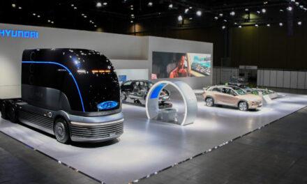 Η Hyundai παρουσιάζει το πρώτο της φορτηγό με κυψέλες υδρογόνου