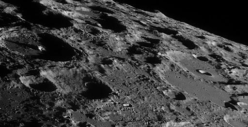 Η NASA στήνει δίκτυο κινητής τηλεφωνίας στη Σελήνη