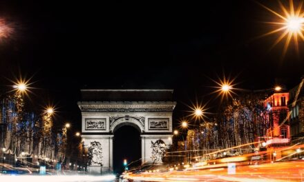 «Drive & Listen»: H viral εφαρμογή που σου επιτρέπει να ταξιδέψεις με ΙΧ σε πόλεις του εξωτερικού