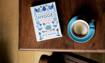 Tι είναι το Hygge που κάνει τους κατοίκους της Δανίας χαρούμενους