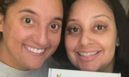 Δύο συνάδελφοι με πολλά κοινά ανακάλυψαν ότι είναι στην πραγματικότητα βιολογικές αδερφές!