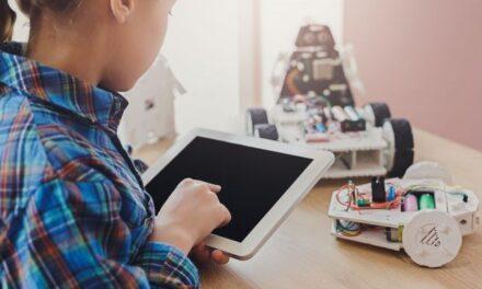 Χονγκ Κονγκ: Ρομπότ βοηθούν τα παιδιά με αυτισμό να ενισχύσουν τις κοινωνικές τους δεξιότητες