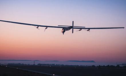 Ηλιακό αυτόνομο αεροσκάφος πραγματοποίησε πρωτοποριακή πτήση