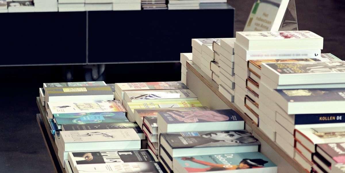 Άγνωστος μοίρασε χαμόγελα σε βιβλιοπωλείο της Αγγλίας