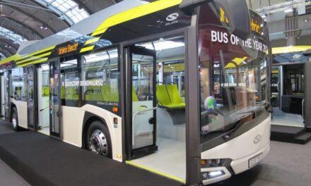 Έρχονται 300 ηλεκτροκίνητα και 200 υβριδικά λεωφορεία σε Αθήνα και Θεσσαλονίκη