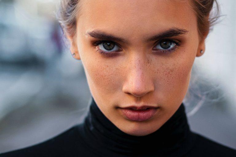 Η τελειότητα είναι παρελθόν | Οι μάρκες επαναπροσδιορίζουν το marketing ομορφιάς