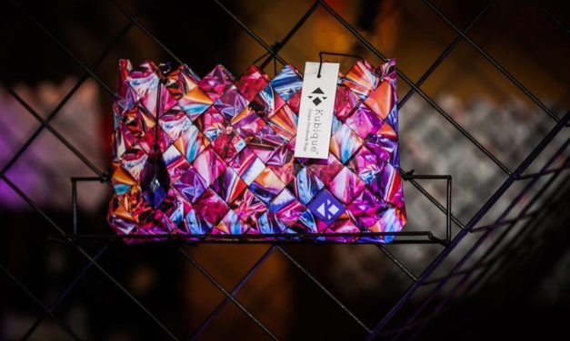Kubique: Εκατοντάδες μικρά κομμάτια συνθέτουν την τσάντα σας!